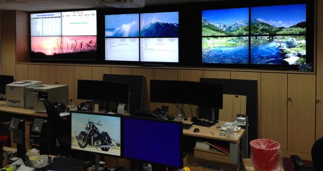 monitor_wall